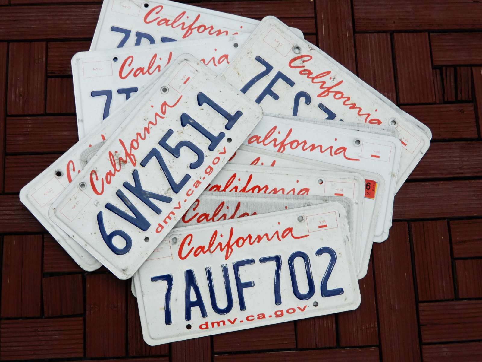 California ロゴプリントタイプのプレート届きました カリフォルニアで実際に使われていた ユーズドライセンスプレート 本物 販売実績No.1 輸入品 1枚 番号選べません PLATE LIC CALIFORNIA 新品 送料無料