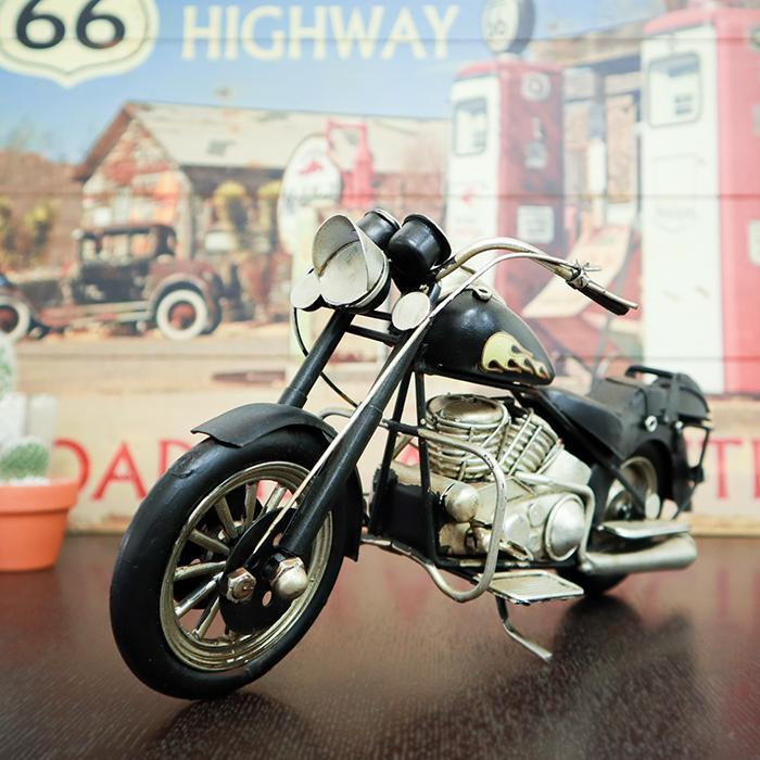 \在庫処分 早い者勝ち アンティーク調 いつでも送料無料 プレゼント ブリキ製 ミニクラシックバイク ブラック