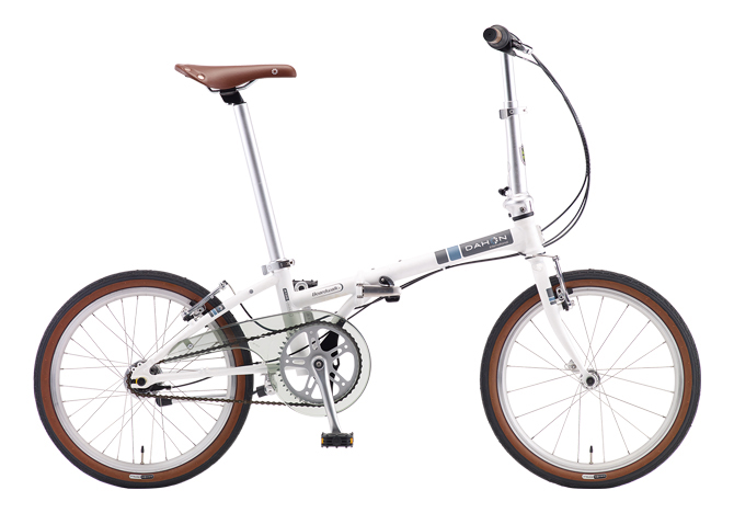 配送先一都三県一部地域限定送料無料 i5 ボードウォーク DAHON 折りたたみ自転車 ダホン white Matt 内装5段変速ギア 折りたたみ自転車 20インチ 白 マットホワイト 自転車 ダホン i5 Boardwalk DAHON 折りたたみ自転車 ギア付 おしゃれ