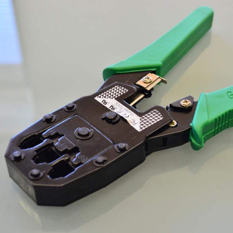 LANケーブルコネクターかしめ圧着工具6P/8P兼用 圧着かしめ工具 LANケーブル用 結線工具付き1749 モジュラーコネクタ LANコネクタ 8芯6芯4芯対応