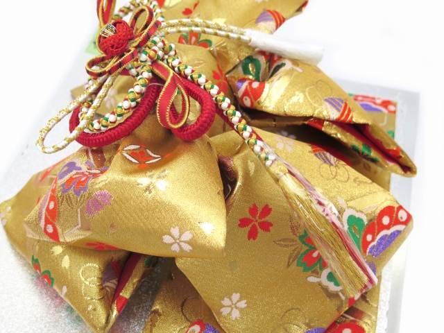 七五三 結び帯 箱せこセット 7歳 女の子 作り帯 筥迫(はこせこ) ペアセット 合繊「金 蝶と桜」YPS207
