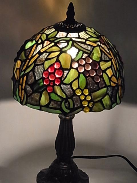 ステンドグラス ランプ 葡萄柄 ぶどう柄 ブドウ柄 8インチ・テーブルランプ QXCH8-17 【即納】 【送料無料】 ステンドグラスランプ アンティーク スタンド 照明 間接照明