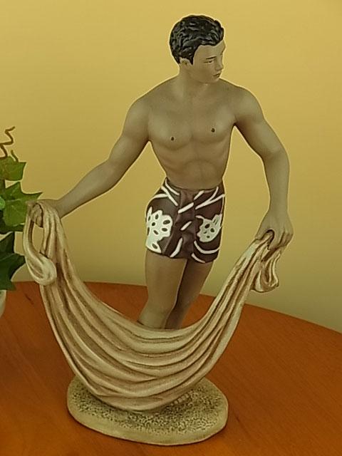 『ハワイアンオブジェ』ジルフィギュア ネットを持つ男性/Boy w/Net 【送料無料】 ハワイアン雑貨 置物 ハワイ