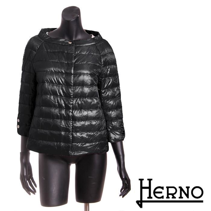 送料無料 HERNO ヘルノ ライトダウンジャケット ショート丈 高級感のある綺麗なシルエット 超軽量なのにしっかり防寒 PI0613D 12017 [4135b]【4800円以上送料無料】