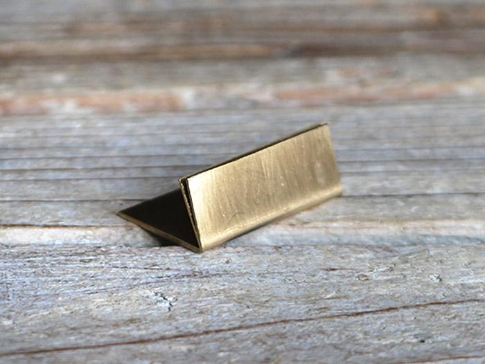 真鍮 ブラス スタンド カードスタンド 値札たて プライスカード 店舗什器 公式通販 ディスプレイ スーパーSALE10%OFF 展示用品 名刺立て 小物ディスプレイ ワイド 真鍮製のアンティークなスタンド セール特価 ネームプレート