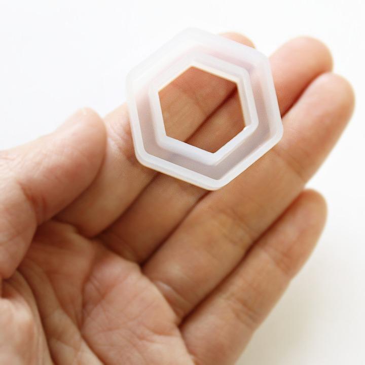 清原 シリコンフレーム ヘキサゴン /シリコン型 レジン用シリコンモールド シャカシャカ 中身が動くレジン 六角形