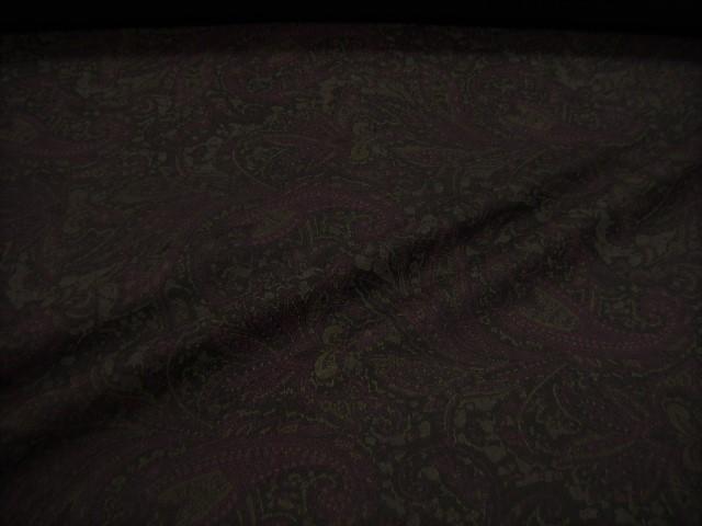 ペイズリープリントの素敵な生地♪【 2.5mで 24,800円 】146cm巾! ☆ 上質 ペイズリー柄 ウールニット生地 ☆ ブラック系♪ ≪日本製 激安 布 服地 布地 生地 ウールストレッチ ≫【 宅配便のみです(メール便不可) 】e10ke763-1 b