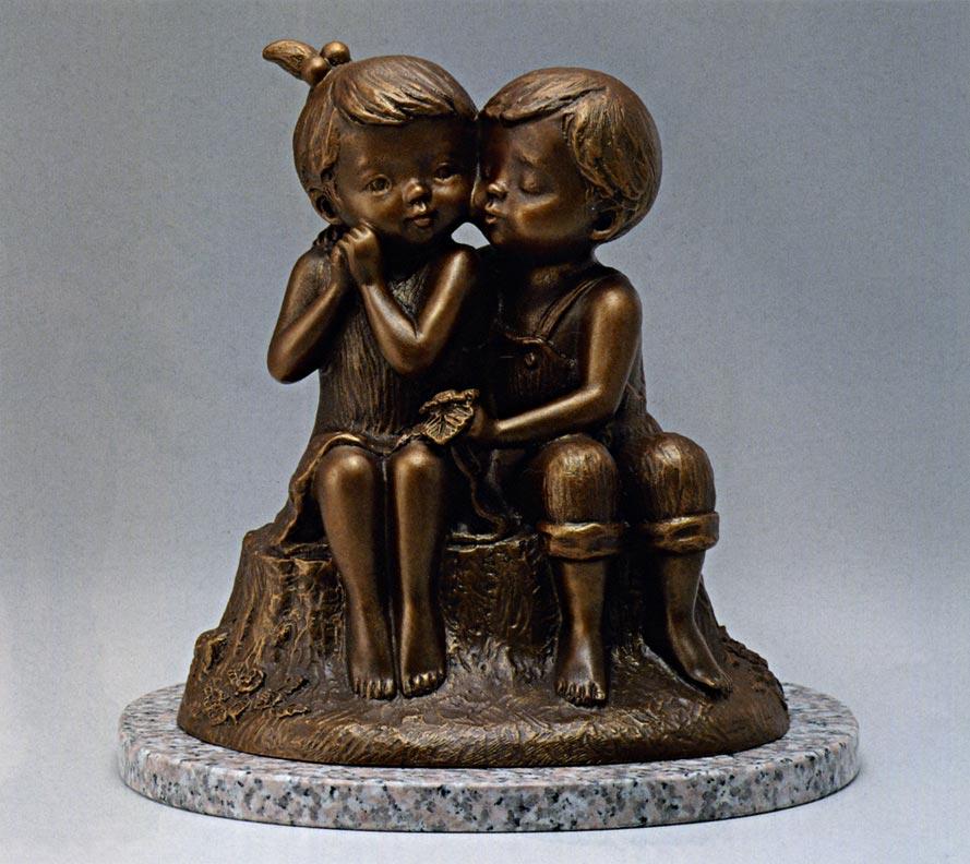 送料無料 ちいさな初恋 彫刻 銅像 和雑貨