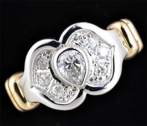 P/K ペアシェイプダイヤモンド 0.33ct脇石ダイヤ0.12ct プラチナ 18金 リング《送料無料!》