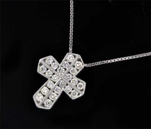 K18WG ダイヤモンド 0.52ctホワイトゴールド クロスペンダントネックレス《送料無料!》