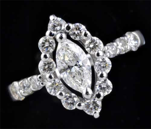 Pt マーキスカットダイヤモンド H-SI1 0.413ct脇石ダイヤ0.60ct プラチナ リング《送料無料!》
