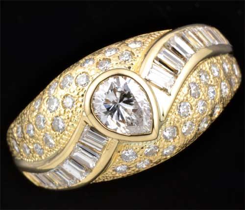K18 ペアシェイプダイヤモンド 0.323ct脇石ダイヤ0.74ct 18金 リング《送料無料!》
