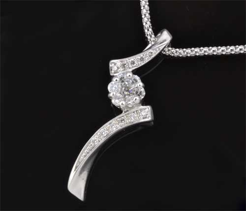 K18WG ダイヤモンド 0.37ctホワイトゴールド ペンダントネックレス《送料無料!》