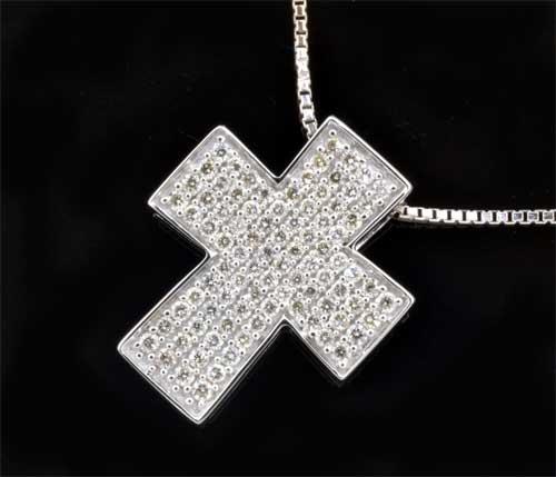 K18WG ダイヤモンド 0.82ctホワイトゴールド クロスペンダントネックレス《送料無料!》