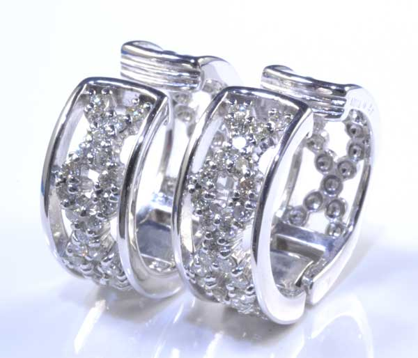 K18WG ダイヤモンド 0.27ctダイヤ0.27ct ホワイトゴールド イヤリング《送料無料!》