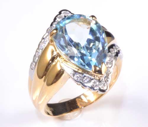 K/P ブルートパーズ 5.03ctダイヤモンド0.33ct 18金 プラチナ リング《送料無料!》