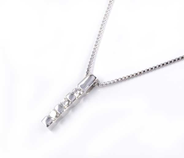 ダイヤモンド K18WG ペンダントネックレス《送料無料!》 0.33ctホワイトゴールド