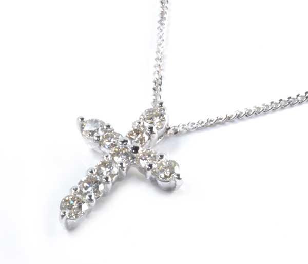 格安店 Pt K18WG ダイヤモンド 0.50ctプラチナ クロスペンダントネックレス《送料無料 》 数量は多 ホワイトゴールド