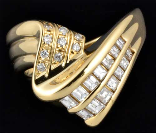 K18 バゲットカットダイヤモンド 0.46ct脇石ダイヤ 0.07ct 18金 リング《送料無料!》