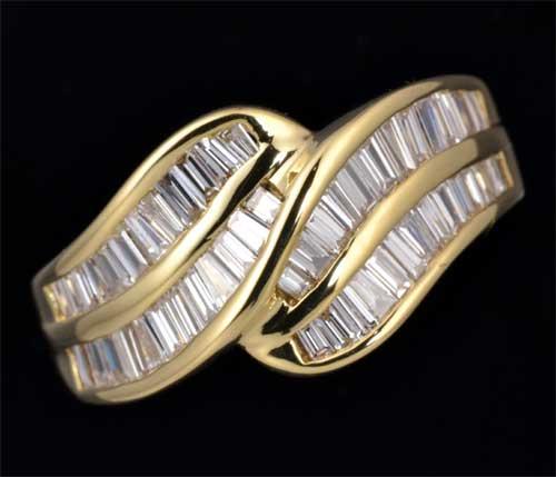 K18 テーパーカットダイヤモンド 1.08ct 18金 リング《送料無料!》