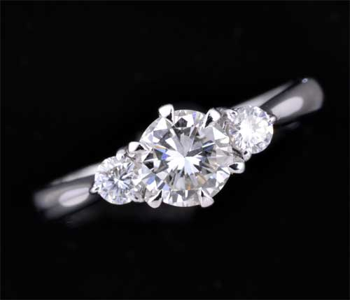 Pt ダイヤモンド 0.530ct H-VS1 Fair脇石ダイヤ0.132ct プラチナ リング《送料無料!》