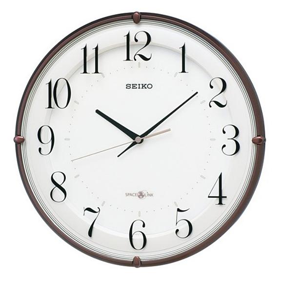 【 送料無料 】SEIKO(セイコー) 掛け時計 衛星電波時計 アナログ スペースリンク GP216B
