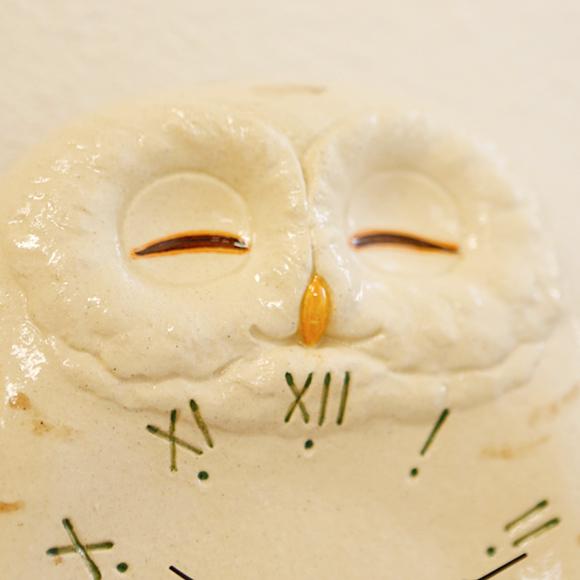 ポイントアップ中 海外 割引クーポン配布中 振り子時計 アナログ 掛け時計 フクロウ 掛時計 開店記念セール 陶器 白フクロウ CY-Y9819 日本製