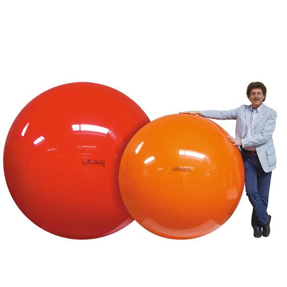 【ポイントアップ中&割引クーポン配布中】ギムニク バランスボール メガボール 150cm オレンジ Megaball 150 (GY95-15) エクササイズ ヨガ ボール ピラティス 【 送料無料 】