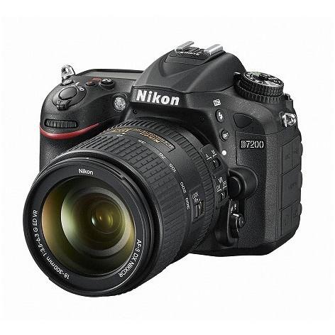 【送料無料】Nikon D7200 18-300 VR スーパーズームキット [デジタル一眼レフカメラ (2416万画素)]