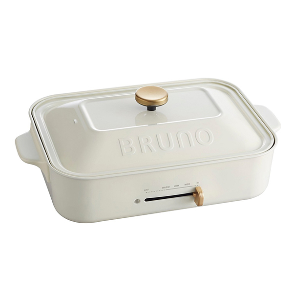 毎日の食卓を彩るテーブルウエアの新定番 イデアインターナショナル BOE021-WH ホワイト BRUNO ブルーノコンパクトホットプレート 白 平面プレート フッ素樹脂 プレゼント マグネット式コンセント かわいい 小さい 選択 有名な BOE021 おしゃれ たこ焼き