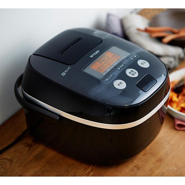 【送料無料】TIGER JPE-A100-K ブラック 炊きたて [IH炊飯器(5.5合炊き)]