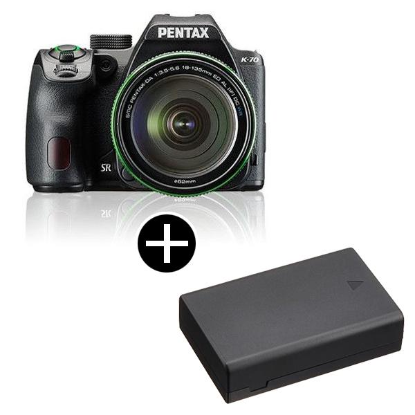 新たに、像面位相差AFとコントラストAF、双方のメリットを併せ持つハイブリッドAFを採用。最高ISO感度 102400の超高感度撮影を実現した、アウトドア撮影に適したデジタル一眼レフカメラ。 PENTAX K-70 18-135WRキット ブラック + バッテリー [デジタル一眼レフカメラ(2424万画素)]
