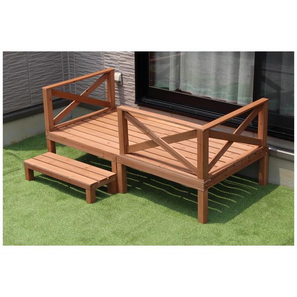 天然木のデッキで、ナチュラルスタイルの庭づくり ウッドデッキ セット 3点セット 手すり ステップ台 縁台 天然木 キット ステップ フェンス 階段 庭 ガーデン 0.5坪 メーカー直送