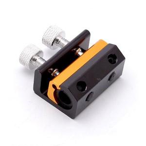 ケーブルを2箇所で抑えるため液漏れしにくい構造デイトナ ブレーキ ワイヤーインジェクターワイド D70018 デイトナ ブレーキ ワイヤーインジェクターワイド D70018