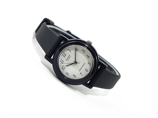 카시오 CASIO 기본 해외 모델 여성용 시계 LQ-139BMV-1BL 화이트 × 블랙 고무 벨트