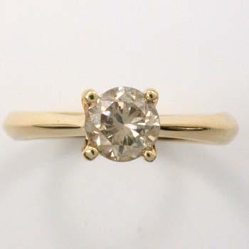 0.9カラットダイヤモンド 18金ゴールド(K18)天然ダイヤモンドリング