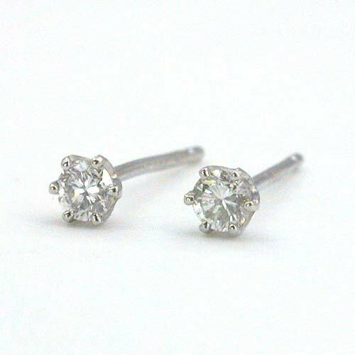 プラチナ ダイヤモンド(VS2 H)トータル0.12カラット 六本爪ピアス(簡易鑑定カード付/通常芯・シリコンキャッチ付)送料無料