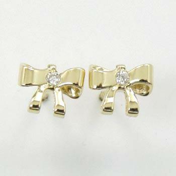 18金ゴールド ダイヤモンドリボンモチーフピアスtypeAA(太さ0.9mmx長さ10mm芯・シリコンキャッチ付)送料無料 即納品(4日前後発送可能)
