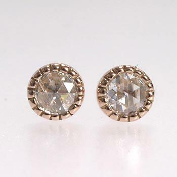 K18PG/K18WG 2種類からお選びいただけます。ダイヤモンド(ローズカット)ピアス(通常芯・シリコンキャッチ付)