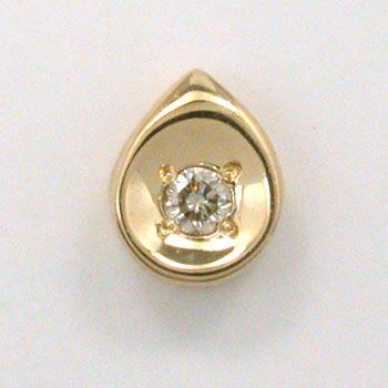 ダイヤモンド0.03ctペンダントヘッド18金ゴールド/18金ピンクゴールド2種類からお選びいただけます。