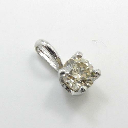 プラチナ(Pt900) イエローダイヤモンド 0.3ctSIクラリティ ペンダントヘッド 送料無料