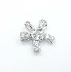 K18WG 天然ダイヤモンド リボンモチーフペンダントヘッドtypeAAA【送料無料】【即納(4日前後発送)】
