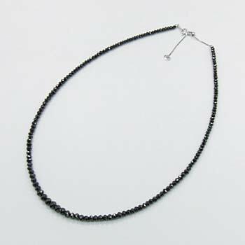 K18WGブラックダイヤグラデーションネックレス(長さ調節可能・40cm+5cm)