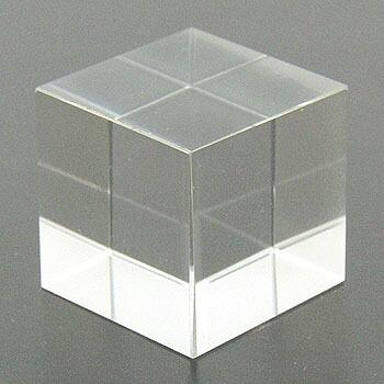 作品 dice(正六面体) 水晶 60ct
