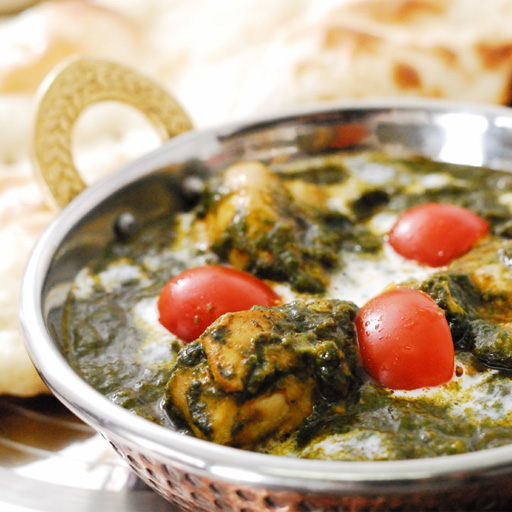 Spinach chicken curry electric car (250 g) Green Curry! Hearty spinach containing tappuri, finishing with authentic India!