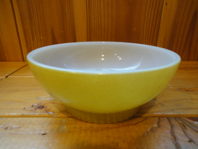■Fire King (FIRE KING) ■ serial number bowl (rib bottom) ■ mustard yellow ■  1960s production ■ O-034