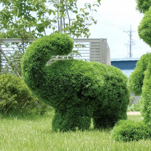 ガーデントピアリー ゾウS サイズ W65×D28×H50cm