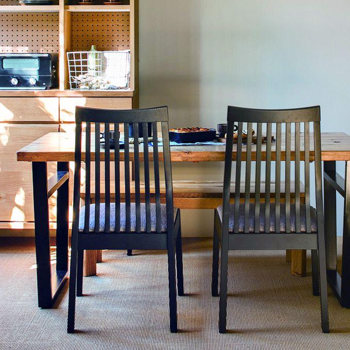 ダイニングチェアー 1脚 食卓用 いす イス 椅子 オーク無垢材 天然木製 布張り クッションファブリック シンプル ナチュラル ハイバック 北欧 カフェ 素朴 ショップ ファミリー レストラン 飲食店/