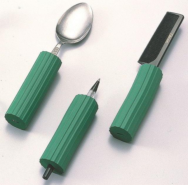 スプーンやペンを太くできる スポンジ 柄を太くする スポンジハンドル 豊富な品 日本メーカー新品 丸型 1個入 S-1 太い柄 太いスプーン 福祉用具 穴径15mm