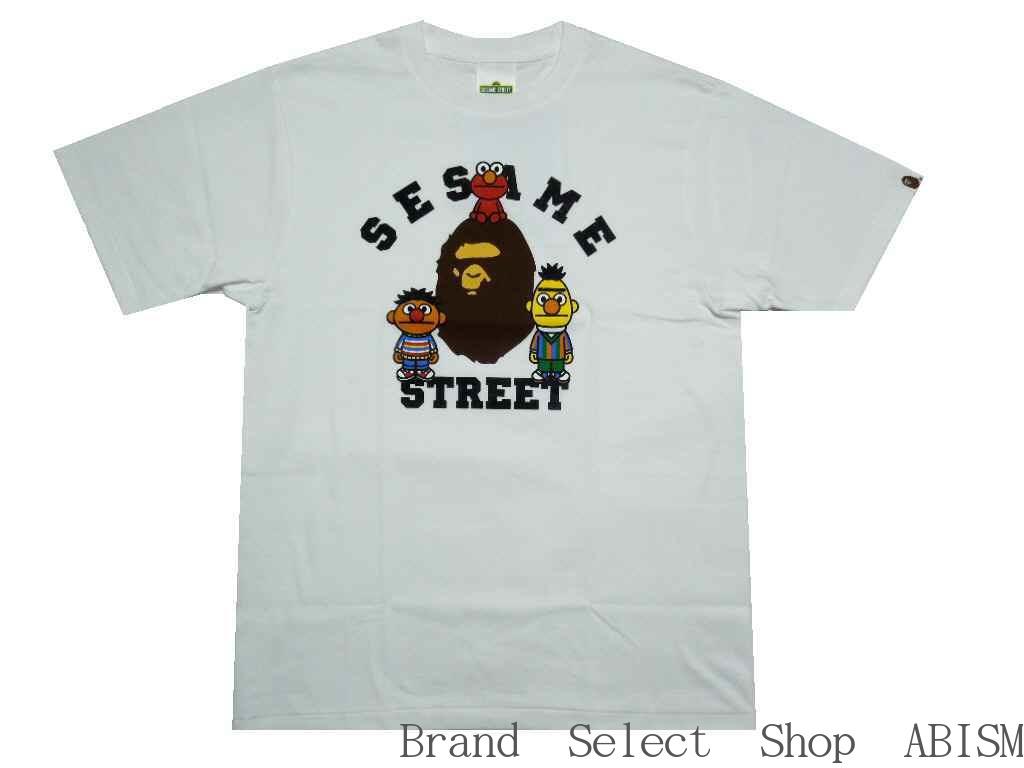 A BATHING APE(エイプ)xSESAME STREET(セサミストリート)BAPE X SESAME STREET COLLEGE TEE【Tシャツ】【ホワイト】【新品】【MEN'S】BAPE(ベイプ)